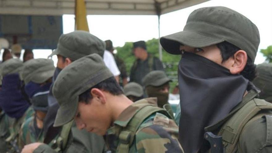 La Fiscalía colombiana denuncia que las FARC reclutaron 11.556 menores desde 1975
