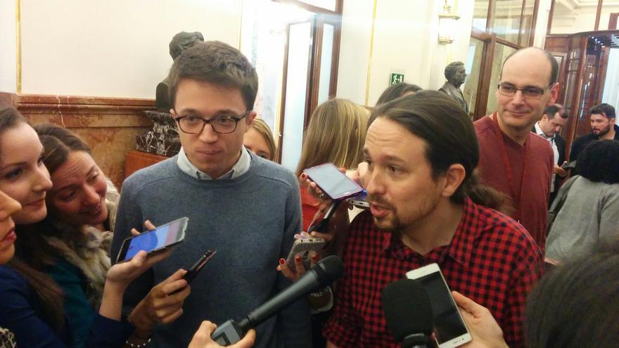 Íñigo Errejón y Pablo Iglesias, hoy en el Congreso de los Diputados.
