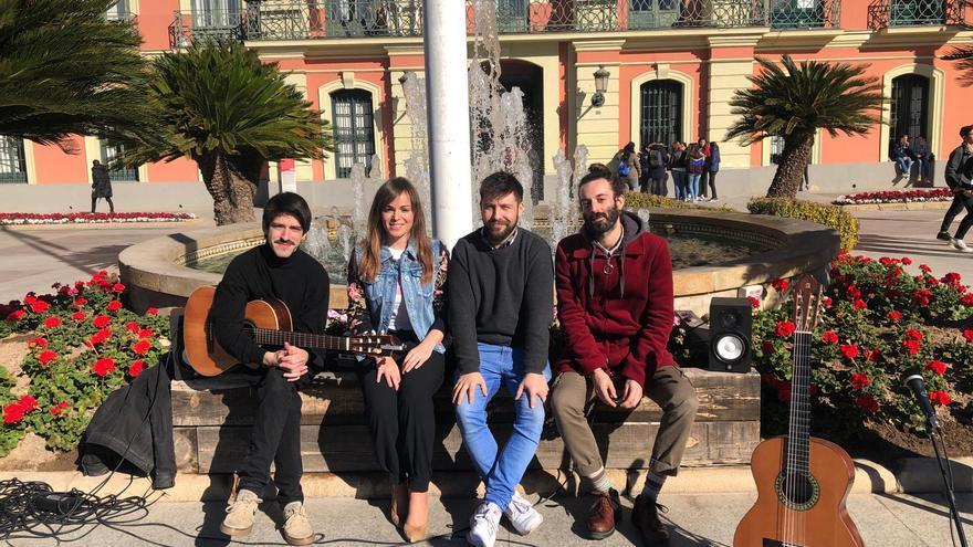 El diseñador de moda Pedro Lobo y el grupo de música Rey Lobo representarán a Murcia en la Bienal de Jóvenes Creadores de Europa y del Mediterráneo