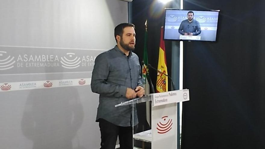 El diputado Daniel Hierro presentó las enmiendas / @Podemos_EXT