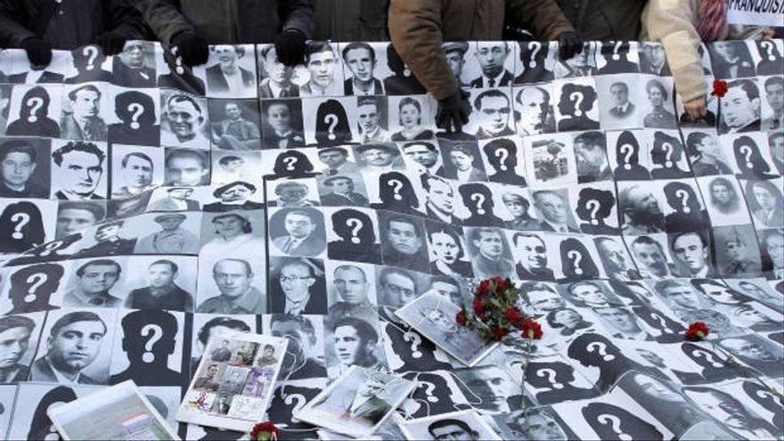 Fotografías de personas fusiladas o desaparecidas por el franquismo.