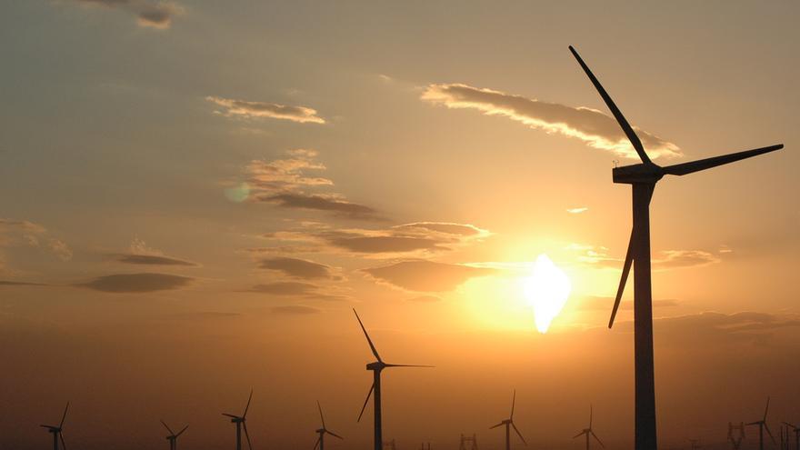 Turbinas eólicas en Xinjiang, China