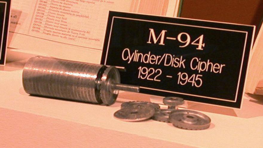 Cilindros de cifrado M-94 del Ejército de Estados Unidos. Museo Criptológico Nacional de Estados Unidos