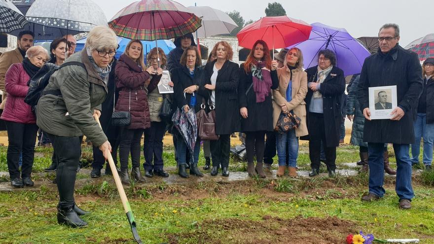 Inicio simbólico de los trabajos de exhumación, el pasado 20 de enero
