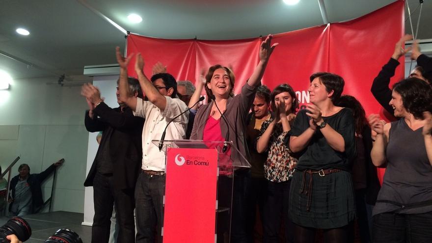 En Barcelona, con el 99%, Colau gana con 11 concejales y C's es tercera