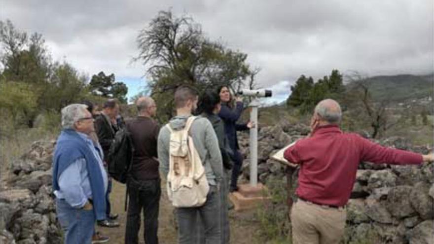 Uno de los telescopios ornitológicos instalados en La Palma por la Fundación Canaria Reserva Mundial de la Biosfera La Palma.