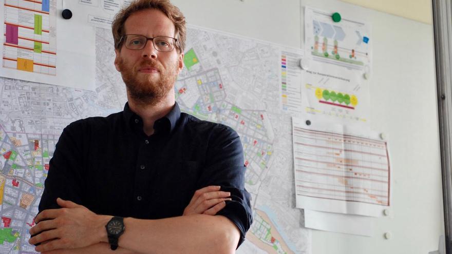 Florian Schmidt, político ecologista responsable de la planificación urbana en el distrito de Friedrichshain-Kreuzberg, en Berlín.