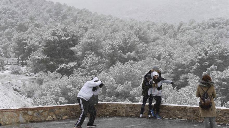 """""""Al mal tiempo, buena redacción"""": consejos lingüísticos para tiempos fríos"""