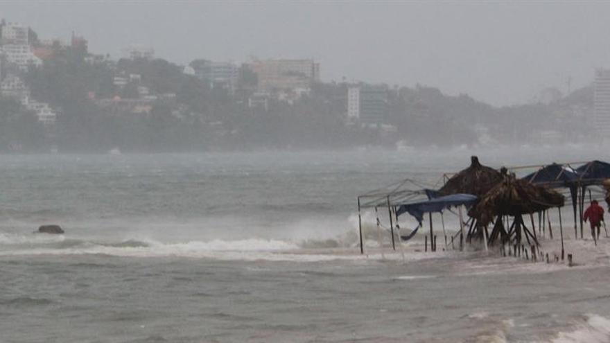 La tormenta Ramón se degrada a depresión tropical frente a la costa sur de México