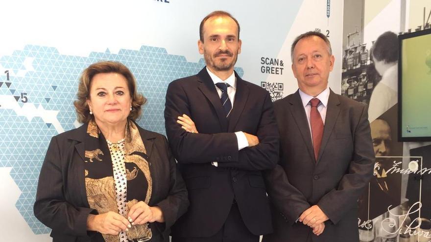 Jesús Ramos, a la derecha