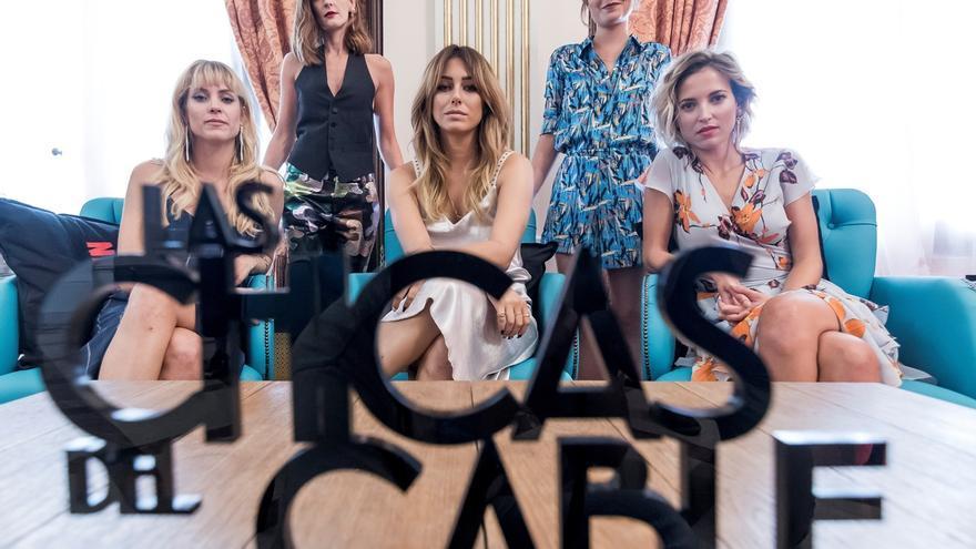 """Imagen de archivo de 2018 de las protagonistas de la serie televisiva de Netflix, """"Las chicas del Cable""""."""