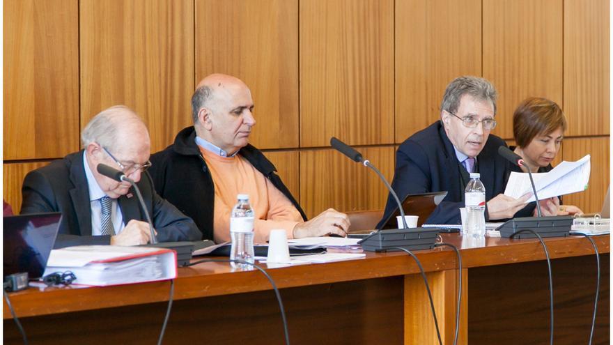 Un momento de la sesión del Consejo de Gobierno de la ULL.