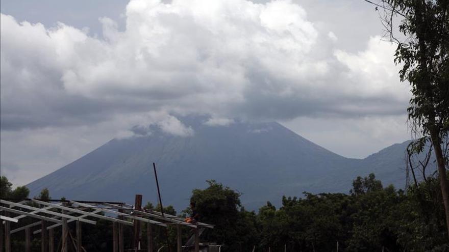 La explosión del volcán Telica oscurece el cielo en zonas del occidente de Nicaragua