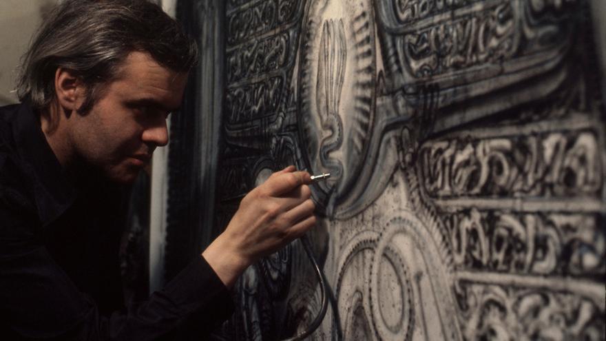 HR Giger trabajando, 1978   Mia Bonzanigo