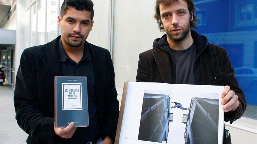 El salvadoreño Óscar Martínez, entre periodistas premiados por el CPJ