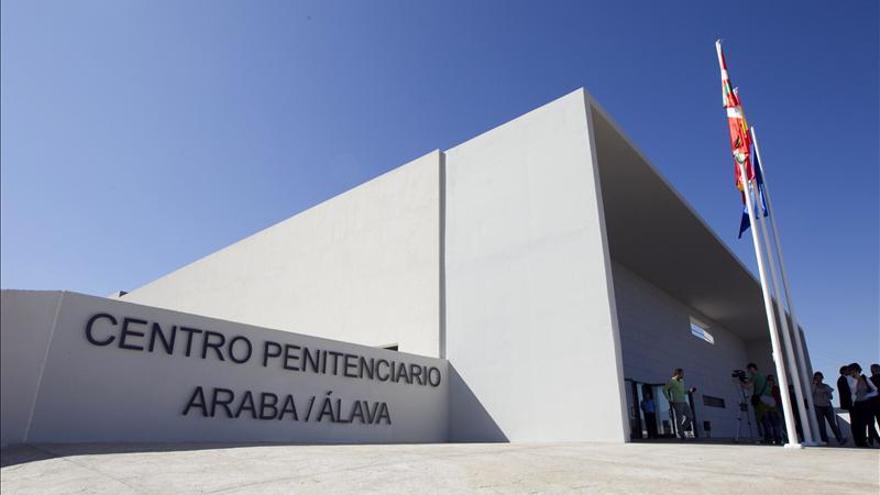Vista de la cárcel de Álava, donde cumplen la pena los internos que participan en programas de reinserción.
