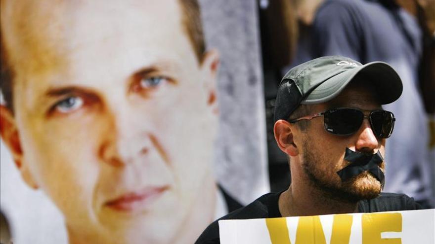 Periodistas en Kenia piden a Egipto que libere a los reporteros de Al Yazira