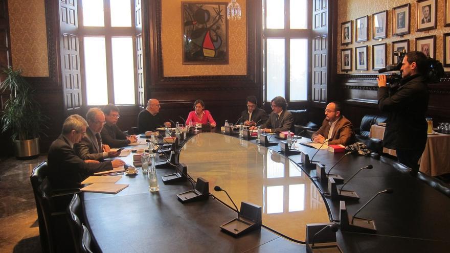 El Parlament pide incluir el fallo del TC en el informe jurídico de la resolución de JxSí-CUP