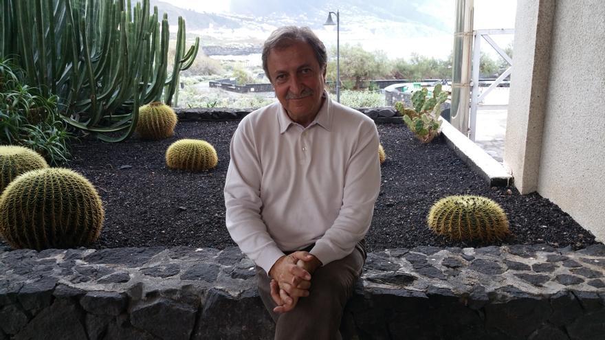 Paco Lobatón pasa unos días en La Palma. Foto: LUZ RODRÍGUEZ.