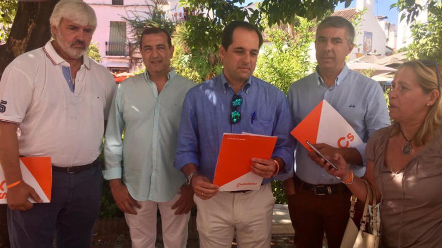 """Cs recuerda los """"intereses personales"""" de Ángeles Muñoz en el cambio de lindes y apela a OSP para frenar al PP"""