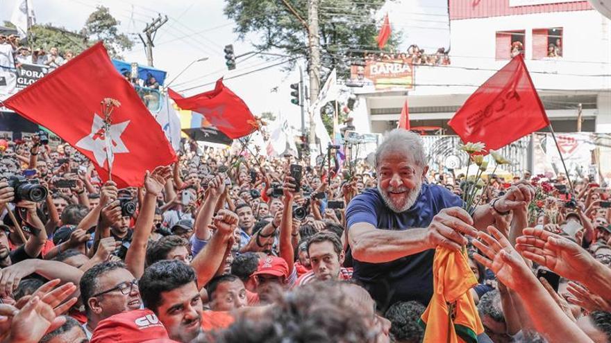 Lula emociona a una militancia dispuesta a defender su legado