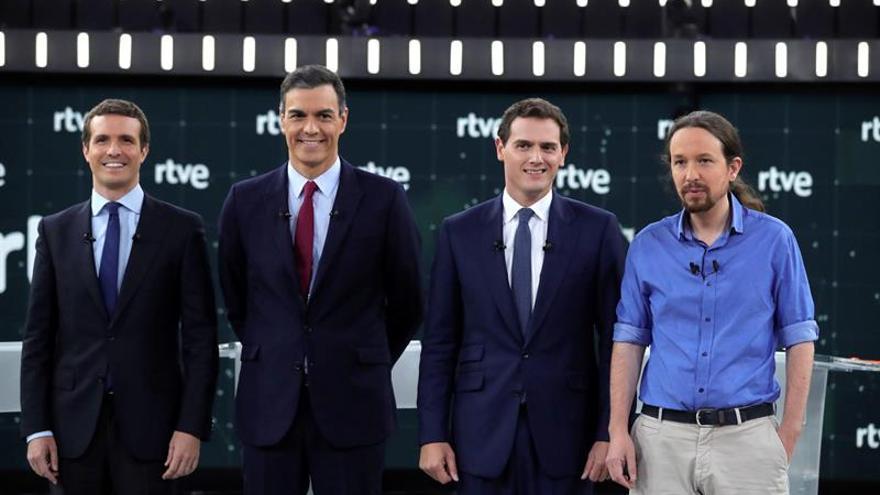 Casado, Sánchez, Rivera e Iglesias en el debate a cuatro de RTVE.