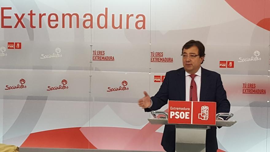 """Vara admite """"difícil"""" la decisión de abstenerse, que """"bajo ningún concepto inhabilita"""" al PSOE para ser oposición"""