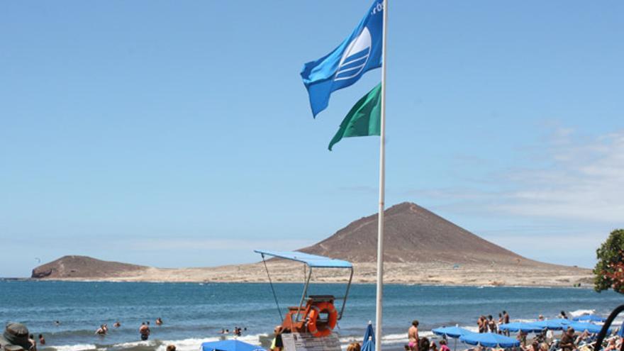 La Bandera Azul seguirá ondeando en El Médano, en Granadilla (Tenerife)