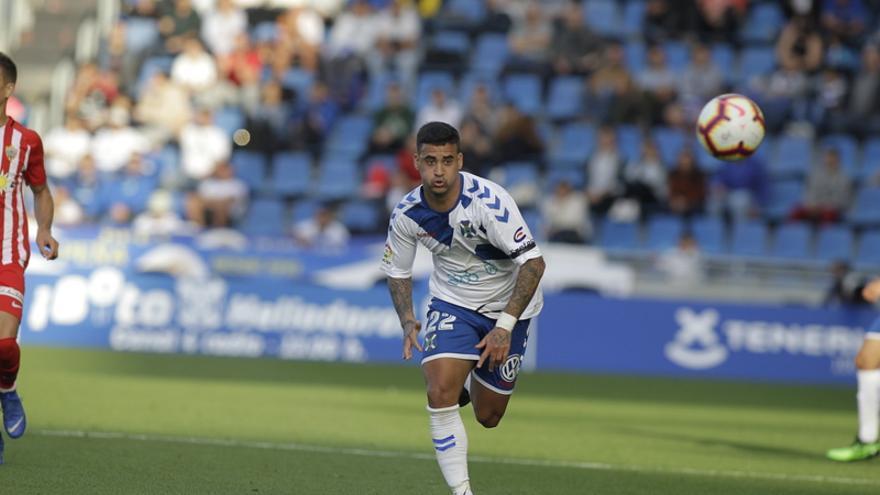 Nano Mesa, en el Tenerife-Almería de la temporada 18-19
