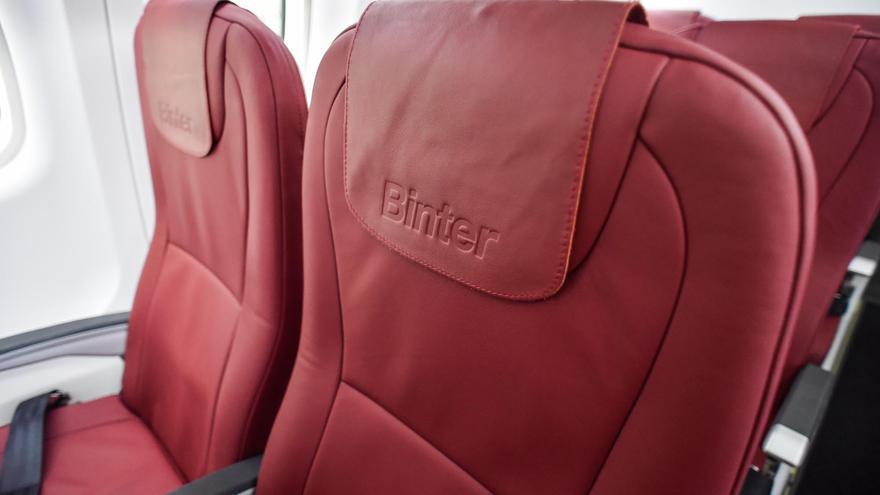 Detalle de los asientos del nuevo avión ATR72-600 de Binter.