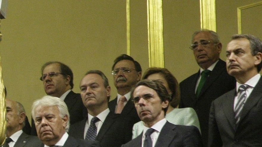 El Patronato de Elcano reunió a los expresidentes del Gobierno González, Zapatero y Aznar