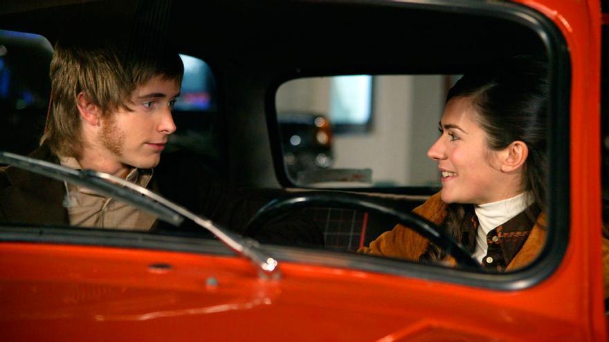 Pablo Rivero y Ana Allen en 'Cuéntame'