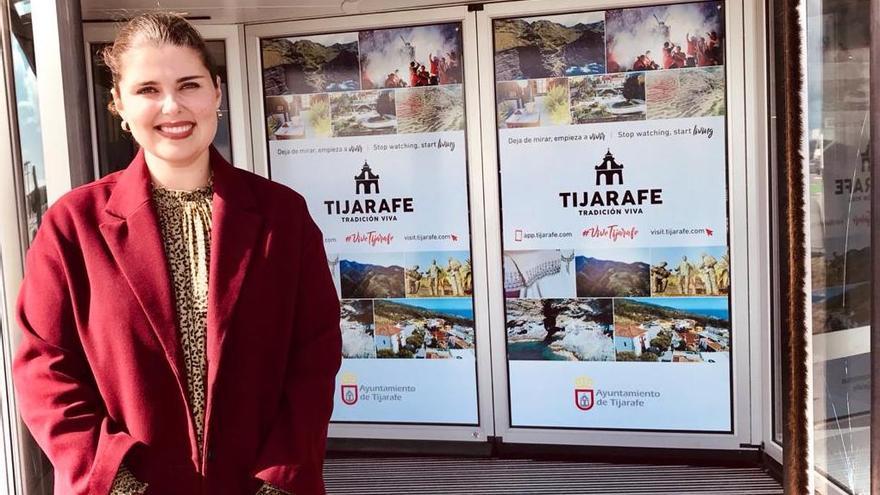 Diana Lorenzo en el Aeropuerto.