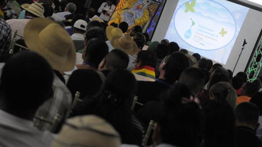 El 25 % de los latinoamericanos recibe agua gracias a la acción comunal