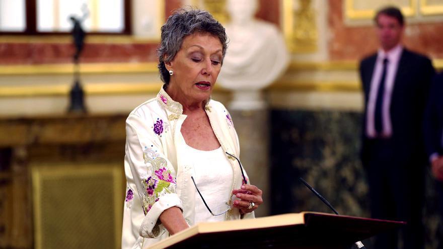 Rosa María Mateo en la toma de posesión de su cargo