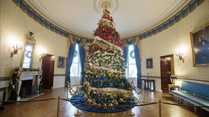 60fc909167 Carolina Herrera y Humberto León engalanan la Casa Blanca por Navidad