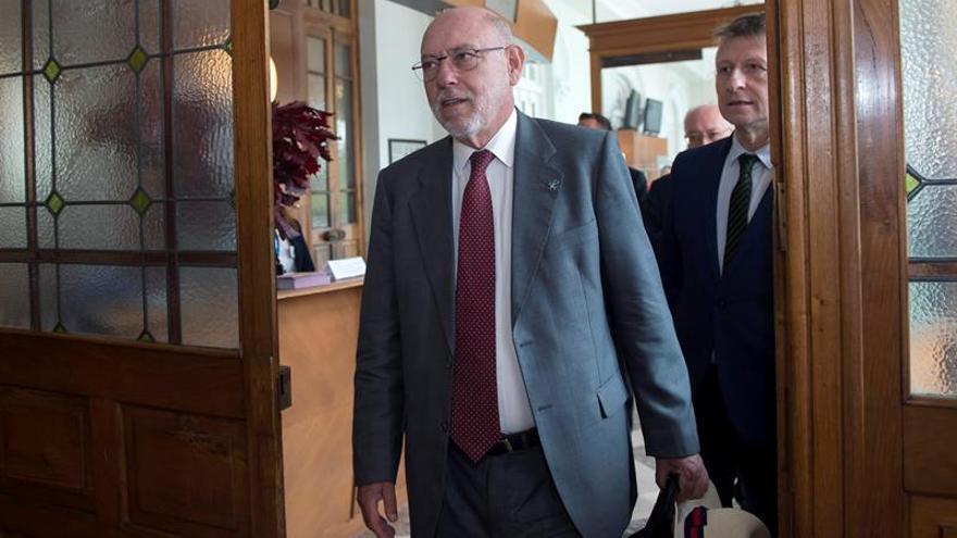 Maza: La fiscalía perseguirá la compra de urnas aunque sea encubierta