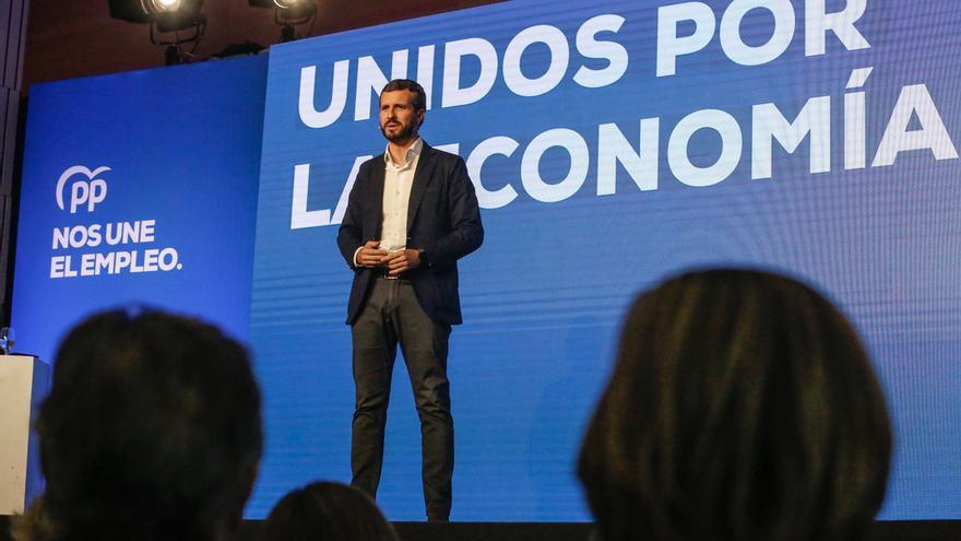 Casado avisa a Sánchez que si no recurre esta semana las resoluciones del Parlament, el PP irá al TC