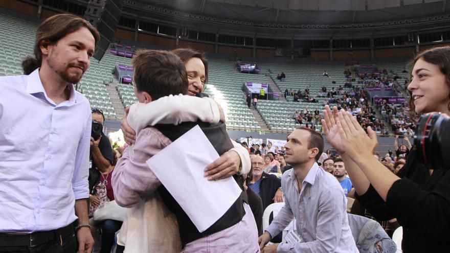Pablo Iglesias, Juan Carlos Monedero, Carolina Bescansa, Luis Alegre y Tania González, en la Asamblea de Podemos en Vistalegre. / Marta Jara