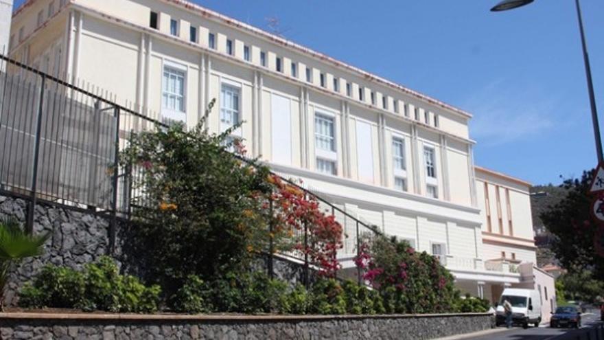 Hospital Febles Campos.