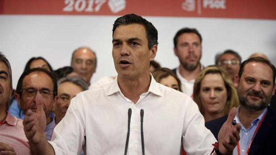 """Sánchez, impactado por atentado, pide unidad """"para frenar tanto fanatismo"""""""