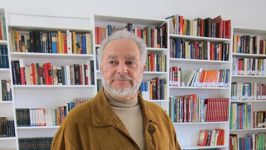 """Anguita pide la unión de IU y Podemos con un """"programa común"""", pero no ve """"probable"""" una candidatura única, de momento"""
