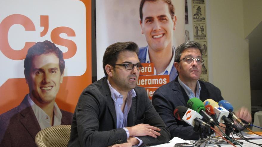 "C's La Rioja considera pedir que Pedro Sanz de ""un paso atrás"""