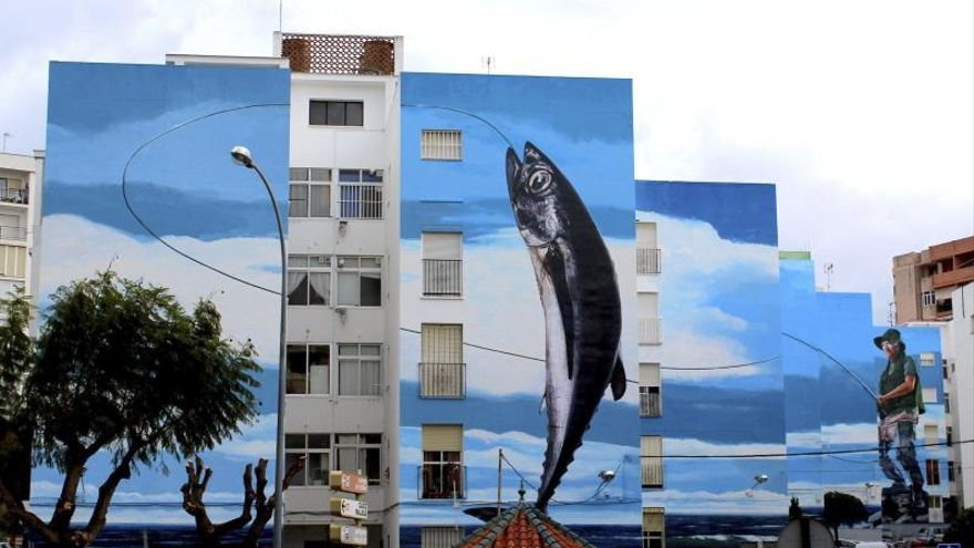 El mural más grande de España tiene mil metros cuadrados y ocupa 6 edificios