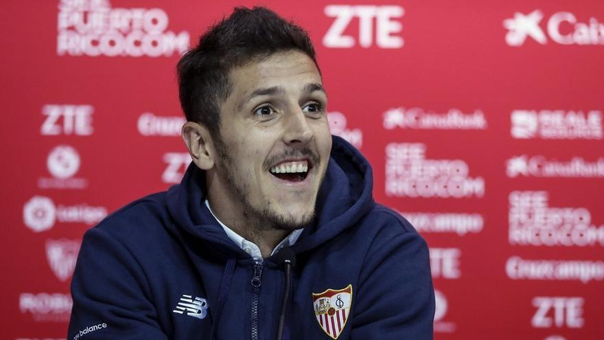 Jovetic, el nuevo delantero del Sevilla