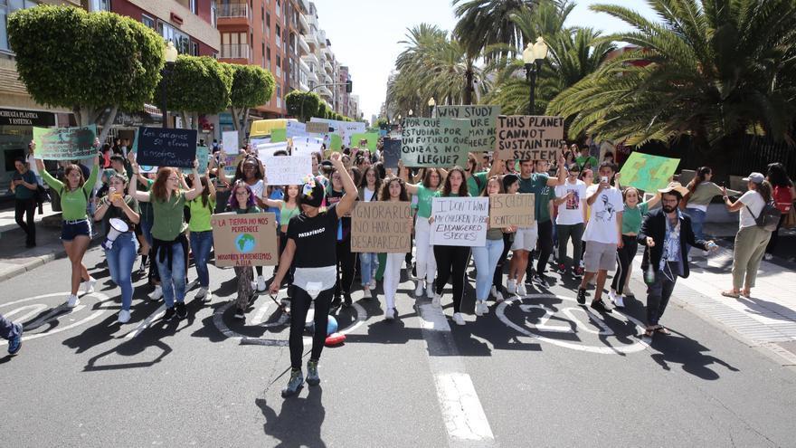 Manifestación por el clima en Las Palmas de Gran Canaria.