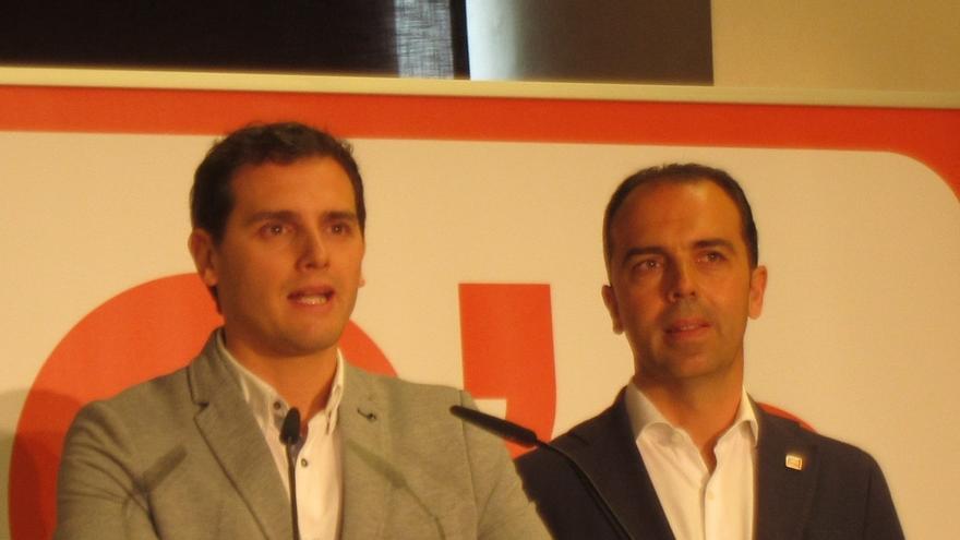 Rivera propone a la Academia de la Televisión celebrar un debate con Rajoy, Sánchez e Iglesias