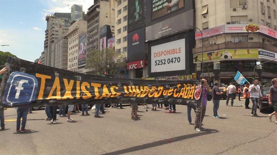 La Fiscalía de Buenos Aires denuncia a Uber por evasión tributaria y lavado