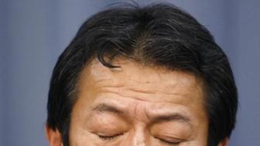 Hallado muerto el ex ministro japonés que fue acusado de emborracharse durante una cumbre del G-7