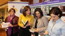 Libros con perspectiva de género: así funcionará la 'estantería violeta' en 300 bibliotecas de la región